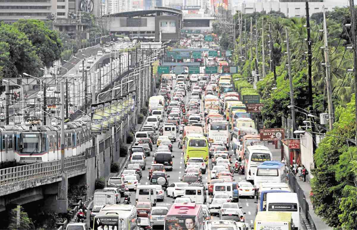 Driver-Only Car Ban on Manila's EDSA